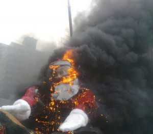 santa-fire-7