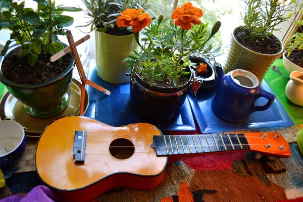 guitar-and-garden